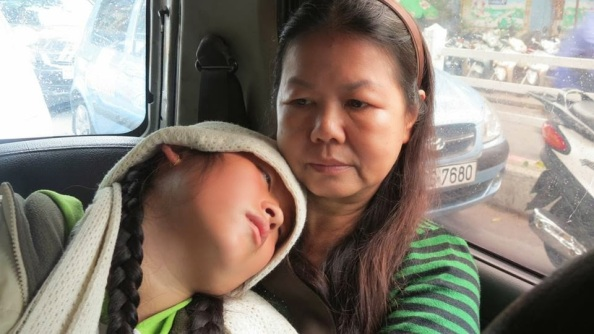 Hmong-be-Vang-PhuongBich3.jpg