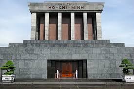 Trần Gia Phụng – Nhân ngày giỗ: Nói chuyện lăng Hồ Chí Minh