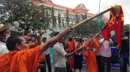 Người Campuchia biểu tình chống VN