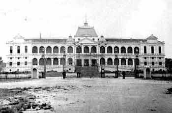 Mặt tiền Dinh Norodom năm 1873