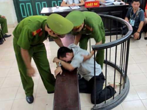 """Sau khi bị phát hiện, """"rất nhiều"""" tội phạm tham nhũng ở Việt Nam đột ngột phát sinh """"bệnh tâm thần"""". (Chủ nhiệm Ủy ban Tư pháp Nguyễn Văn Hiện)"""