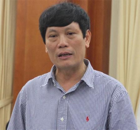 """""""Hoa quả Trung Quốc nhiễm độc… vẫn an toàn"""" – Nguyễn Xuân Hồng, Cục trưởng Cục Bảo vệ Thực vật."""