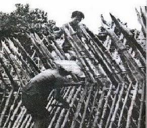 Xóm làng xây dựng ấp chiến lược chống du kích cộng sản