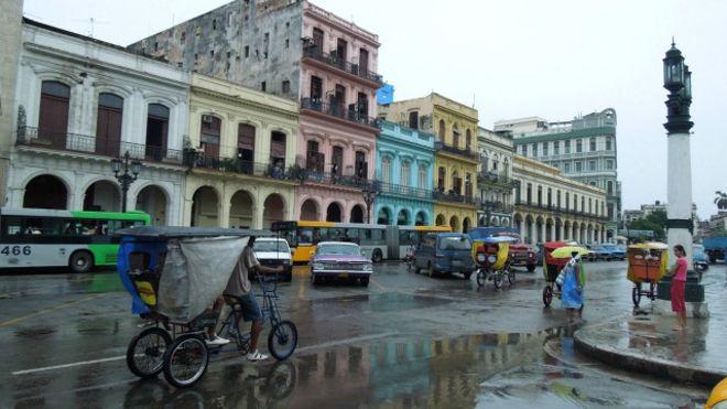 Đường phố thủ đô Cuba - ảnh của Bùi Văn Phú