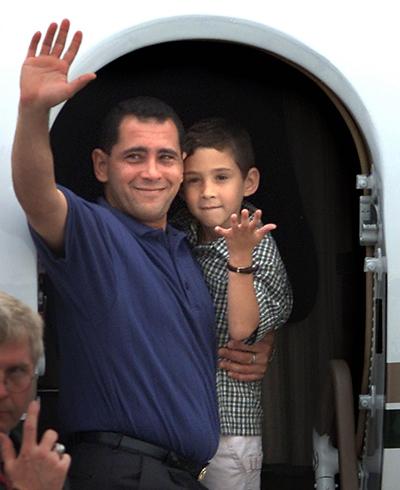 Huy Phương – Nhân chuyện bang giao Mỹ-Cuba, nhớ Elian Gonzalez
