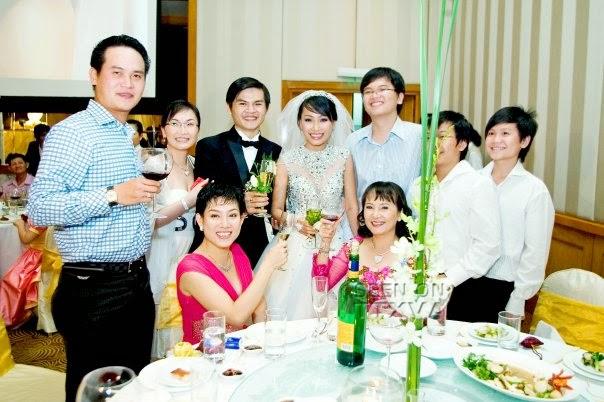 Vợ chồng Vũ Chí Hùng và gia đình đại gia Hoa kiều Đặng Văn Thành