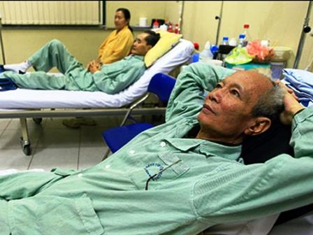 Quy định về thanh toán chi phí bảo hiểm y tế mới mới khiến nhiều người nghèo lo lắng – Ảnh Báo Tuổi trẻ