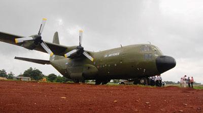 Cướp máy bay quân sự để vượt biên