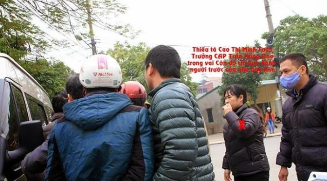 Cao Thị Minh Toàn đang chỉ đạo côn đồ hành hung chúng tôi