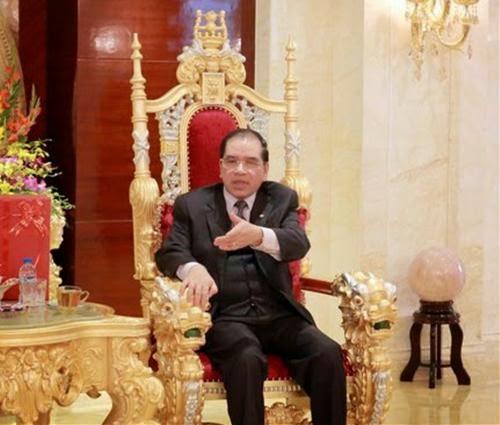 Truyện Thần Thoại Ngày Nay Ở Hà Nội: Tiều Phu Thành Hoàng Đế