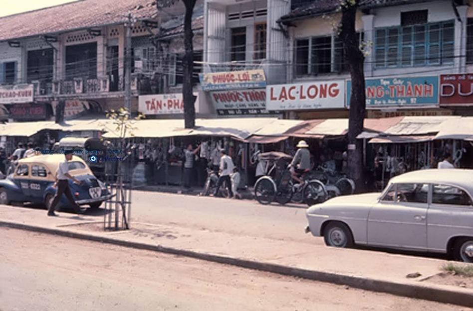 Đường Hàm Nghi – Sài Gòn 1967, ngày ấy tôi đi. Photo: Donald Jellema