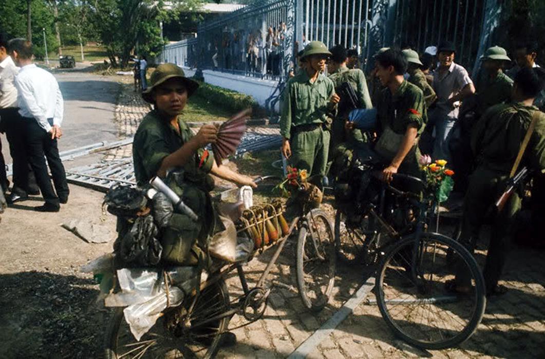Ngày 30-4-1975: Khúc Quanh Ảm Đạm Của Lịch Sử Là Ngày Quốc Hận Của Dân Tộc