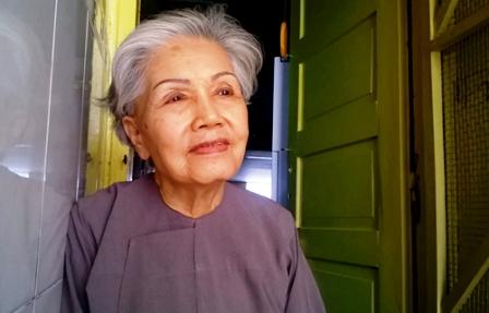 """Năm nay nghệ sĩ Út Bạch Lan dù được vận động tặng danh hiệu NSND nhưng bà không làm thủ tục, bà chỉ xin làm """"sầu nữ"""" chứ không cần danh hiệu nào khác."""