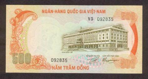 500 đồng tiền VNCH tương đương 500 gói mì 2 con Tôm500 đồng tiền VNCH tương đương 500 gói mì 2 con Tôm