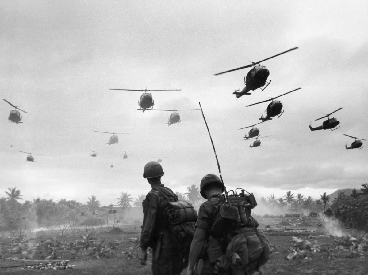 Hoa Kỳ Và Vấn Đề Đưa Quân Sang Việt Nam Năm 1961