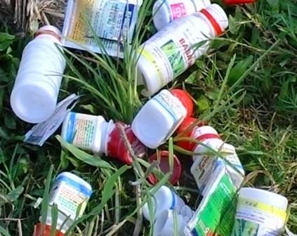 Trong thời gian vừa qua, cơ quan chức năng đã phát hiện nhiều hành vi phun thuốc bảo vệ thực vật cực độc lên rau.