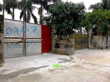 """Một kho hàng lậu của đường dây do Thắng """"cành"""" cầm đầu tại khu vực chợ ASEAN (Quảng Ninh)"""