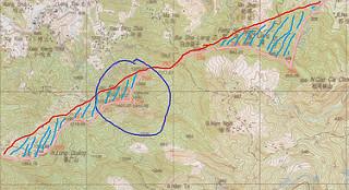 Đường đỏ là đường biên giới theo công ước Pháp-Thanh 1887. Đường hồng là đường biên giới theo HUBG 1999. Khu vực Lão Sơn là khu có vòng xanh. Vùng gạch chéo là đất của VN bị mất. Bản đồ tấm số 15.
