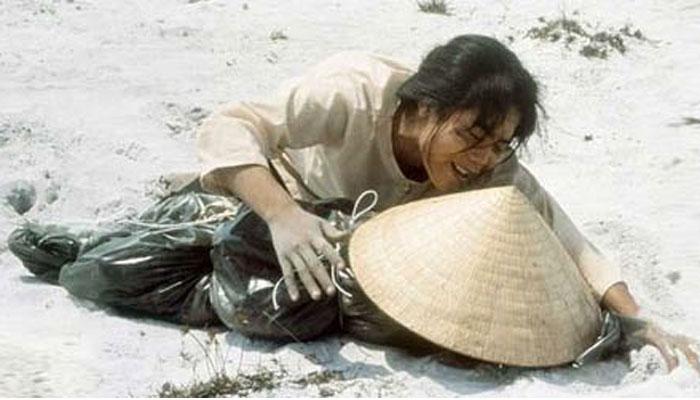 Billedresultat for linh mục Nguyễn Hữu Giải tết mậu thân huế