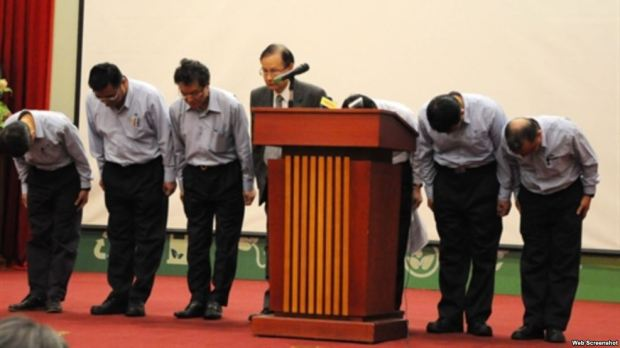 Các lãnh đạo Formosa Hà Tĩnh cúi đầu xin tha tội
