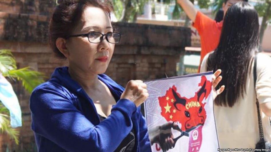 Image result for DO NGOC UYEN :ĐƯỜNG LƯỠI BÒ TRÊN BIỂN ĐÔNG