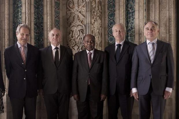 5 thẩm phán của tòa trọng tài tại La Haye, Hà Lan - Ảnh: SCMP